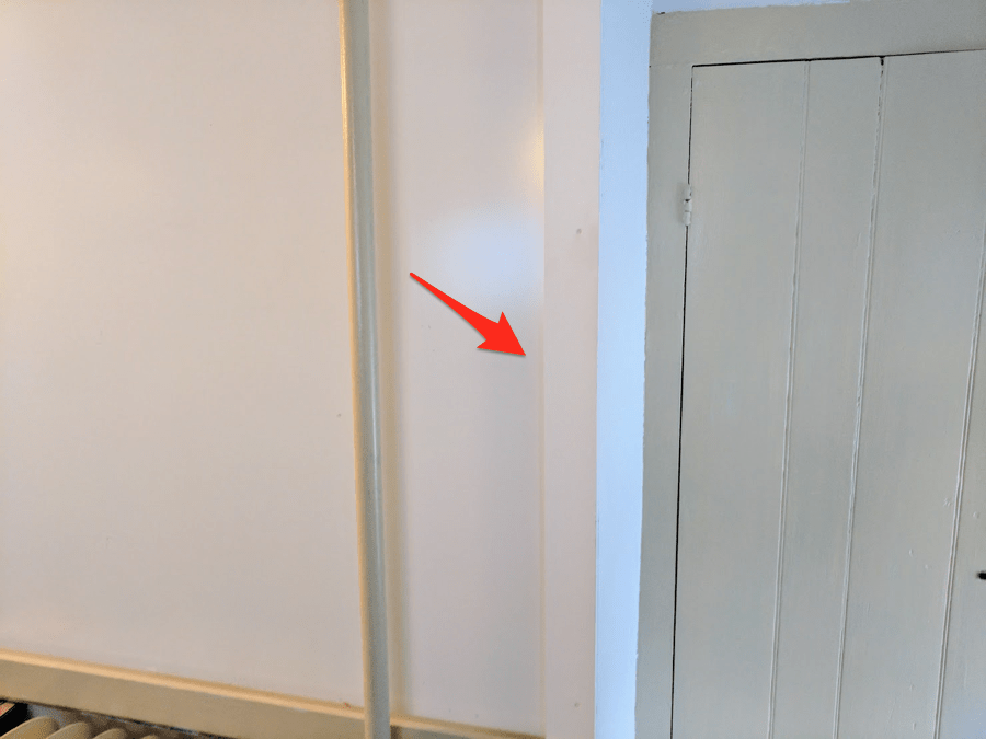 big-cheap-whiteboard-corner-trim